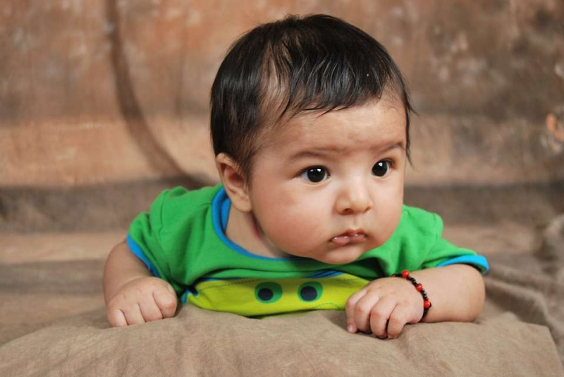 一岁十个月宝宝身高体重是多少怎样让1岁10个月宝宝更聪明